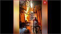दिल्ली: रेडीमेड कपड़े की दुकान में लगी आग, लाखों रुपए का माल जलकर खाक