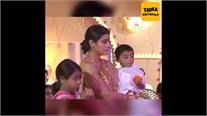 दुर्गा पूजा पर काजोल के गुस्से से डरे बच्चे तो वहीं Viral Video में न्यासा को देख लोगों के उड़े होश #Kajol #NysaDevgan #ThrowbackVideo