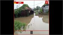 Bihar Flood- Bagmati River में पानी बढ़ने से नदियों ने शुरू की तबाही, गावों नें घुसा पानी