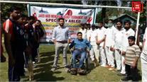 बडगाम में स्पेशल खिलाडिय़ों के लिए स्पेशल क्रिकेट टूर्नामेंट... 9 टीमें ले रही भाग