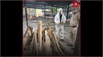 दिल्ली पुलिस के ASI ने 1100 से ज्यादा कोरोना मृतकों का किया संस्कार, टाल दी बेटी की शादी