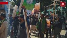 ईद मिलाद उन नबीः बारामुला में निकाला गया जुलूस, श्रीनगर में उमड़ा जन सैलाब