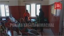 Live: जिला सोलन के कुनिहार अस्पताल में 18 से 44 वर्ष के लोगों को शुरू हुई वैक्सीन।