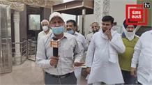 करनाल सैक्टर 5 में कोरोना पीड़ितों परिवारों को कांग्रेस नेताओं नेबांटा राशन