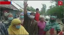जलशक्ति विभाग के खिलाफ फूटा लोगों का गुस्सा, सड़क जाम कर काटा बवाल