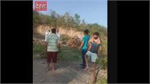 आखिर देहरा के युवकों ने ही दिखाया दम,संक्रमित के संस्कार में सहयोग को पहुंचे