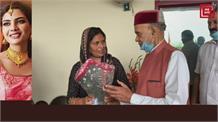 उपसचेतक बनने के बाद हमीरपुर पहुंचने पर कमलेश कुमारी का हुआ भव्य स्वागत