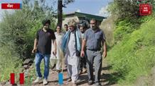 मेंढर में भारी बारिश से मक्की की फसल बर्बाद, किसानों ने सरकार से उठाई भरपाई की मांग