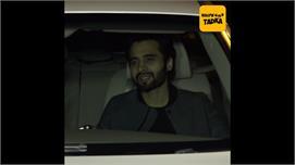 Karan Johar hosts Valentine's Day party...