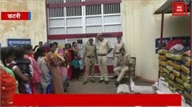 हत्या के आरोप में जेल में बंद था कैदी,...