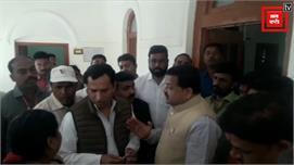 कमलनाथ के मंत्री के सामने बोले कांग्रेस...