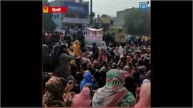 दिल्ली : CAA को लेकर मौजपुर में...