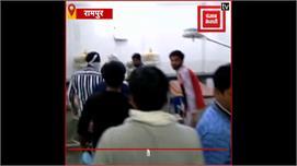 बीजेपी नेता की सरेआम गोली मारकर हत्या,...
