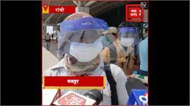 दुमका के 56 प्रवासी मजदूर लेह-लद्दाख से...