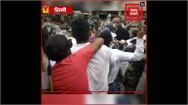 कानपुर में पुलिसकर्मियों की हुई शहादत...