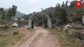 मूलभूत सुविधाओं से वंचित बलाड गांव के...