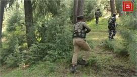 बारामुला के उरी सेक्टर में हथियारों का...