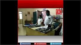Jharkhand के धनबाद में स्वास्थ्य विभाग...