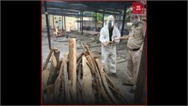 दिल्ली पुलिस के ASI ने 1100 से ज्यादा...