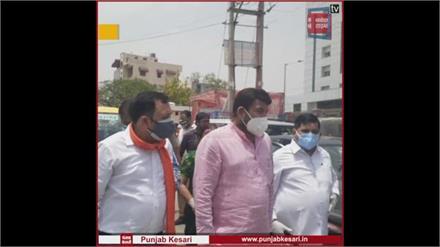 महामारी की घड़ी में CM केजरीवाल राजनीति ना करें- मनोज तिवारी